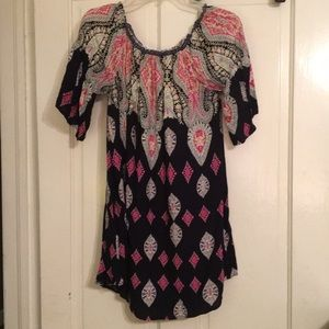 Women's Large Umgee tunic/dress/Cover-up.
